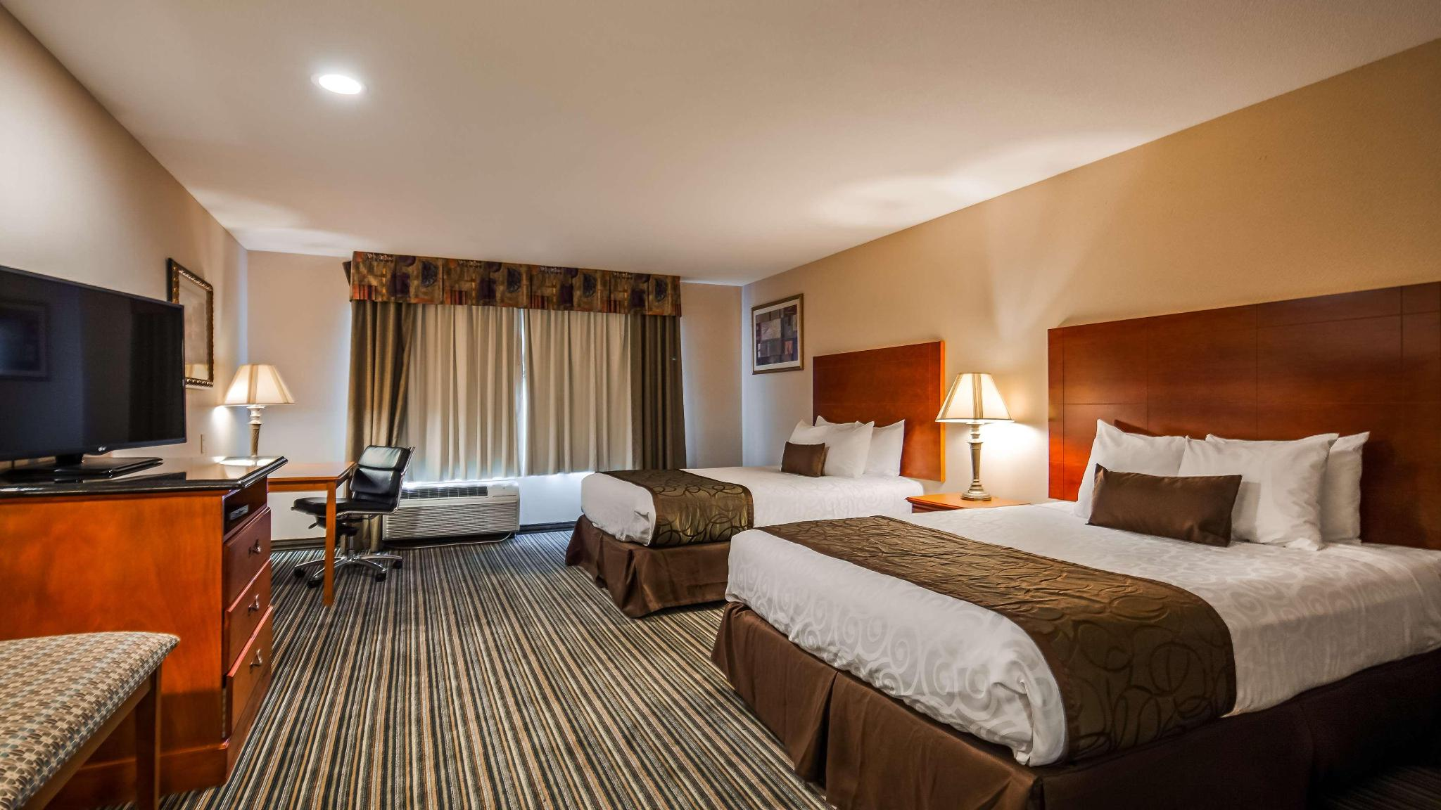 Suite two double beds non smoking
