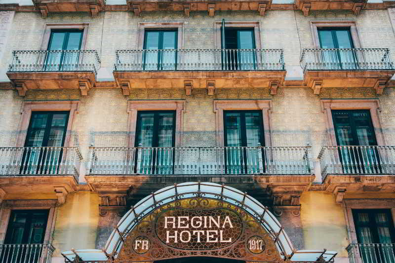 Regina, Carrer De Bergara,4