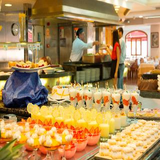 HSM President - Restaurant
