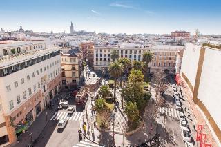 Derby Sevilla, Plaza Del Duque De La Victoria,13