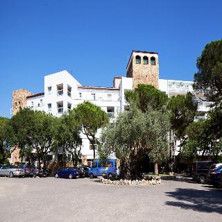 H·TOP Caleta Palace, Cavall Bernat,122
