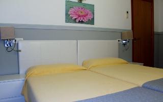 Venecia Apartamentos - Zimmer