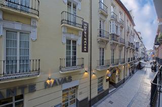 Navas, Calle Navas,24