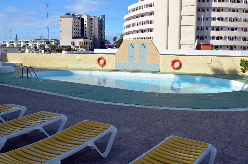 Los Juncos I - Pool