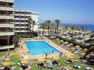 Hotel Apartamentos Bajondillo - Pool