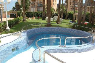 Parasol Garden - Pool