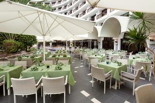 Seaside Sandy Beach - Restaurant