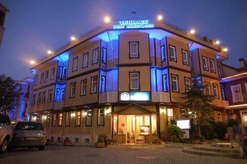 Azade Hotel, Mimar Mehmet Aga Caddesi,17/19