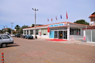 Karbel Beach, Kıdırak Cd No:10,10