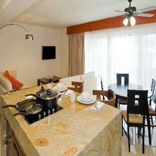 Vamar Vallarta All Inclusive Marina & Beach Resort