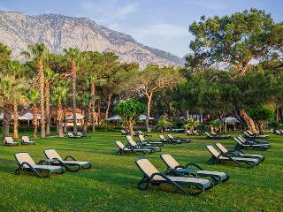 Paloma Foresta Resort, Mahallesi Baaykomutan Atata¼rk…
