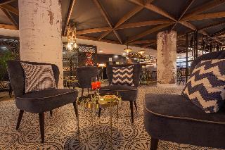 Centric Atiram Hotel - Bar