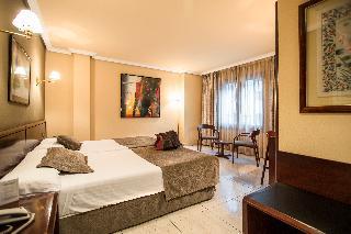 Imperial Atiram Hotel - Zimmer