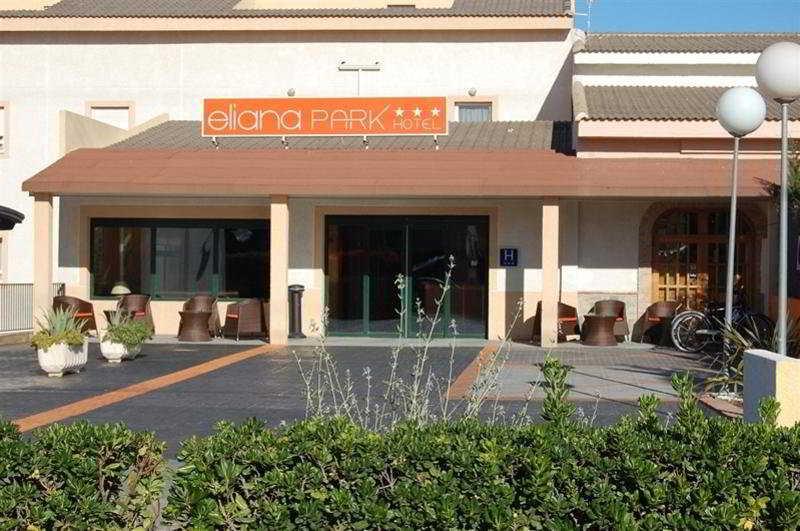 Eliana Park Hotel, Maria Zambrano,2