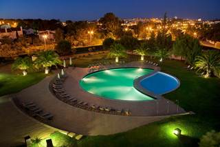Evora Hotel, Av.tÚlio Espanca Apt. 93,s/n