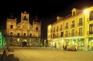 Astur Plaza