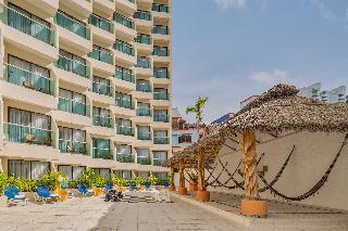 Copacabana Beach Hotel…, Tabachines Club Deportivo,2
