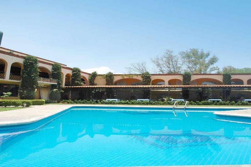 Villa del Sol and Suites, Av. Morelos Norte Col. La…