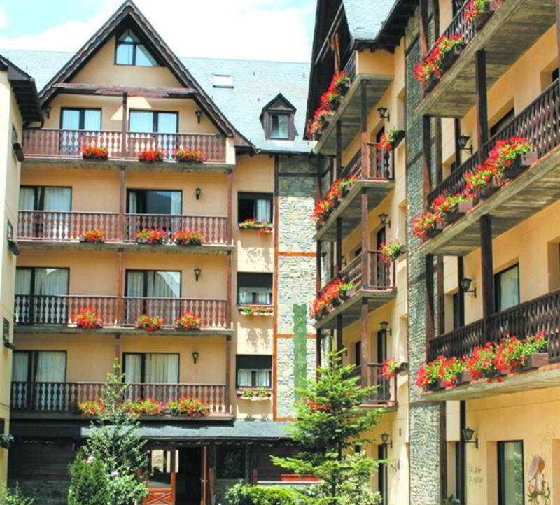 Suite Aparthotel & Spa Eth Refugi D`aran