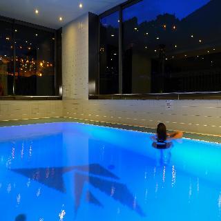 Golden Tulip Andorra Fenix Hotel - Pool
