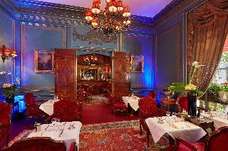 Raphael Hotel