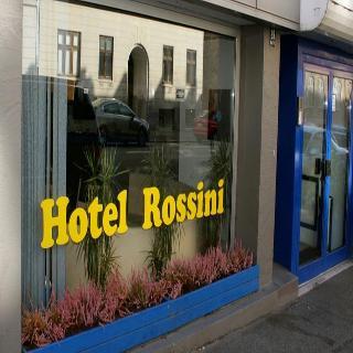 Rossini, Gammel Jernbanevej,27