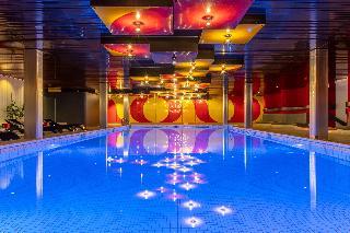 Radisson Blu Hotel - Basel - Pool