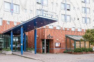 Scandic Helsinki Aviapolis, Robert Huberin Tie,6