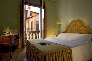 Bonvecchiati, San Marco, Calle Goldoni,4488