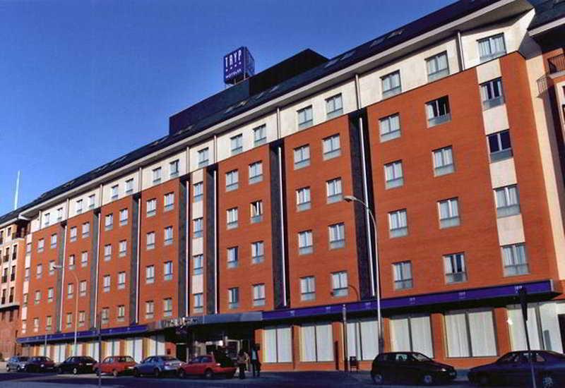 TRYP Leon Hotel, Obispo Vilaplana,3-5