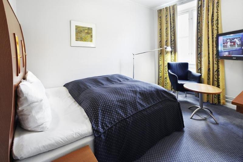 First Hotel Esplanaden - Zimmer