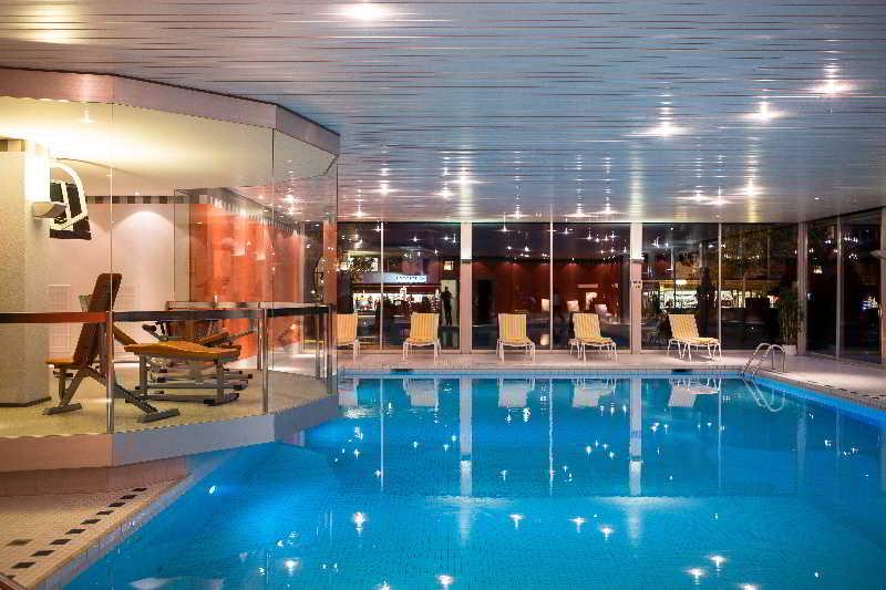 Interlaken - Pool