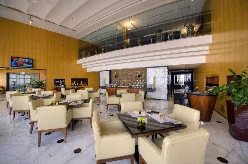 Jumeirah Emirates Towers - Bar