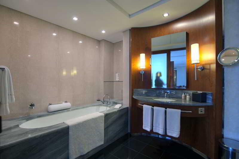 Jumeirah Emirates Towers - Zimmer