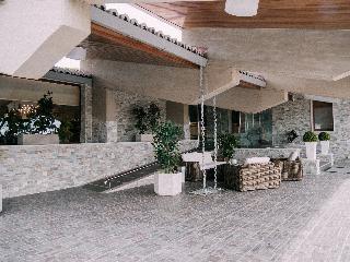 Hotel Resort El Montico, Carretera Burgos - Salamanca…