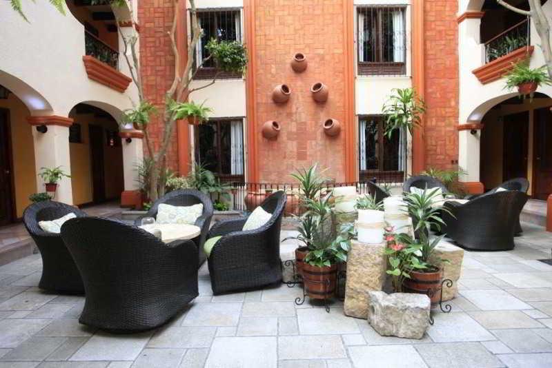 Mansion del Valle, Calle Diego De Mazariegos,39