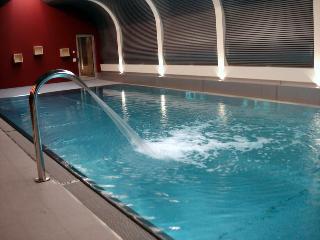 Ambassador Zermatt - Pool