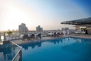 Hilton Dubai Creek - Pool