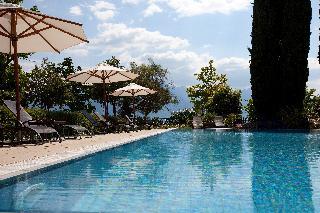 Fairmont Le Montreux Palace - Pool