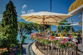 Fairmont Le Montreux Palace - Terrasse