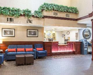 Comfort Suites Newark Airport