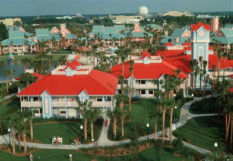 Disney`s Caribbean Beach