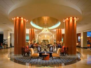 Anaheim Marriott, West Convention Way,700