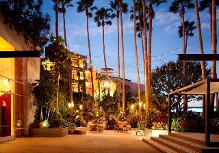 Hotel Maya, A Doubletree…, 700 Queensway Drive,