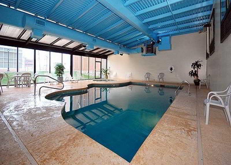 Quality Hotel And Suites Niagara Falls Reviews