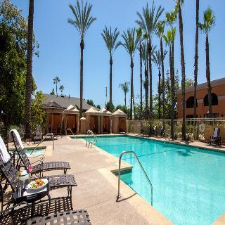 Wyndham anaheim garden grove garden grove for Anaheim marriott suites garden grove ca