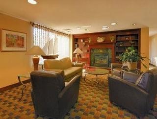 ramada inn boston boston. Black Bedroom Furniture Sets. Home Design Ideas