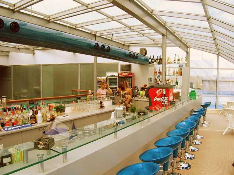 Sol Marina Palace - Bar