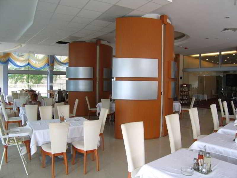 Sol Marina Palace - Restaurant