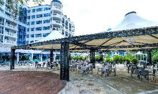 Chaika Beach Resort - Restaurant